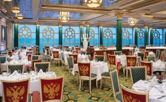 Norwegian Jewel dining room